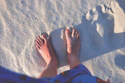 heisser Sand durch Sonnenstrahlung - ähnlich wie Infrarotheizung